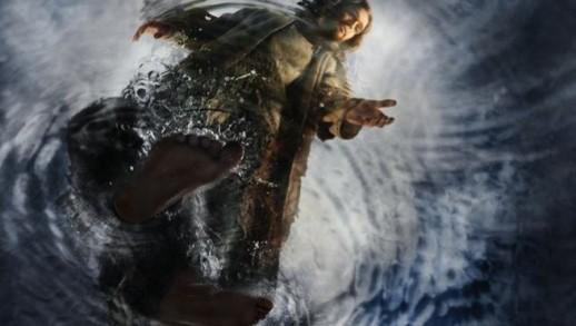 jesus-walks-on-water-656x372